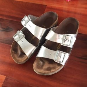 Birkenstock Silver metallic Arizona Sandals 38n 8